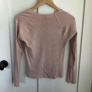 Free People Tops - Freepeople pink, long sleeve t-shirt. Size medium